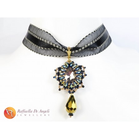 Necklace pendant crystal black Carolina 01