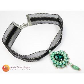 Necklace pendant crystal green swarovski Carolina 02