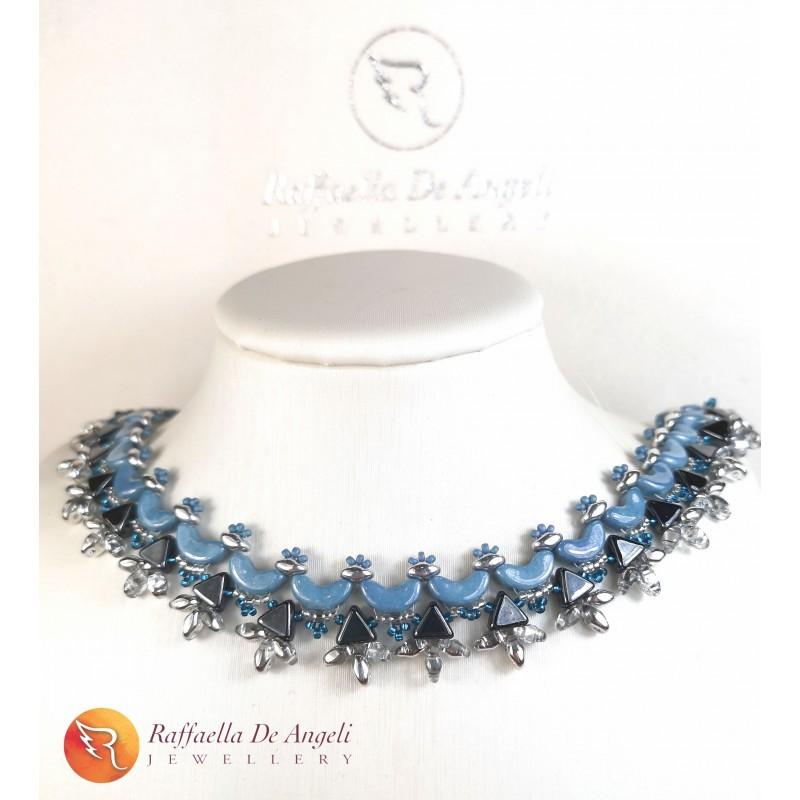 Necklace blue and cream Sibilla