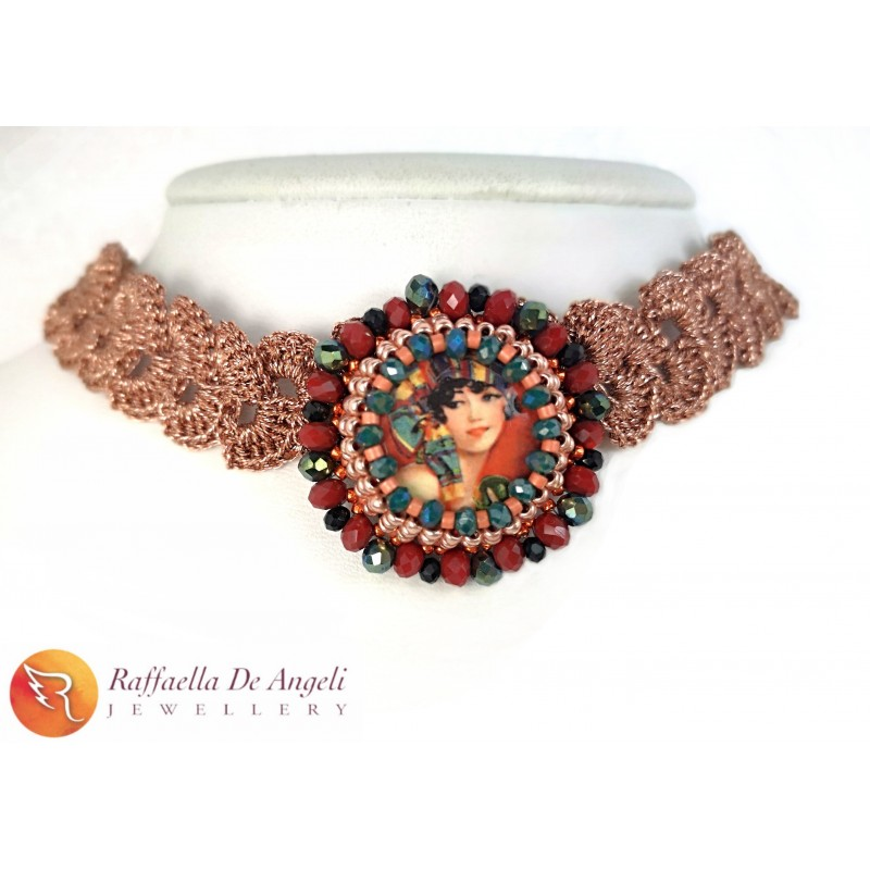 Necklace lava stone 01